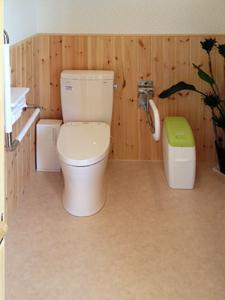 段差が無く広いトイレ